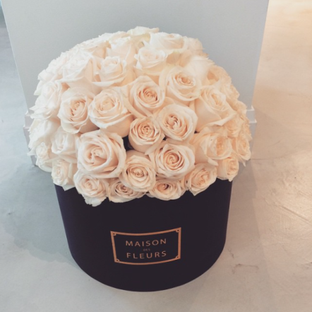 I have never wanted flowers more in my life than I do of these. Its so bougie. @maisondesfleursofficial Cost: $200-$400